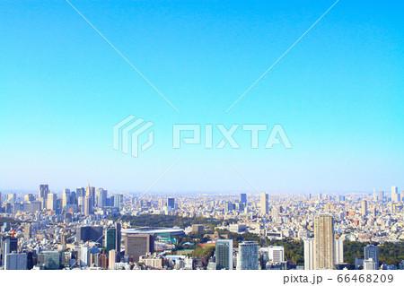 遠くから見た新宿副都心とその周辺の風景 66468209