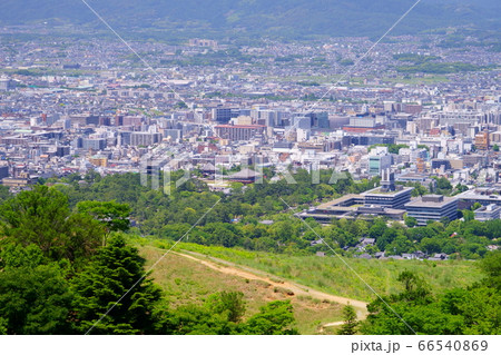 爽快若草山・360度の眺望ー12(奈良県庁・興福寺) 66540869
