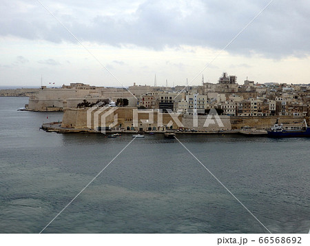 マルタ島バレッタ港にクルーズ船寄港,マルタ共和国 66568692