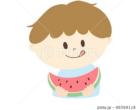 スイカを食べる男の子 66569118