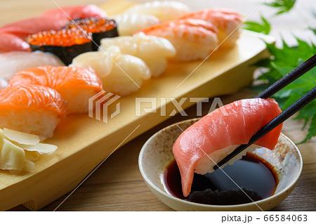 寿司 66584063