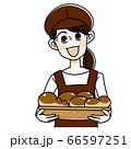 パン屋の女性 66597251