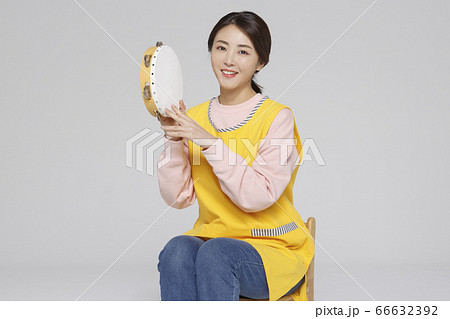 Businesswoman concept, Asian female portrait in a studio 046 66632392