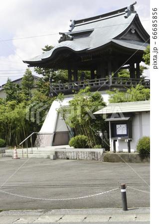 日光街道宇都宮・徳次郎間 光明寺の立派な門 66685856