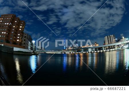 東京スカイツリーの特別ライトアップ(魚眼レンズ) 66687221
