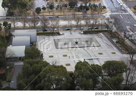 大手町から望む、丸ノ内-和田倉噴水公園 66693270