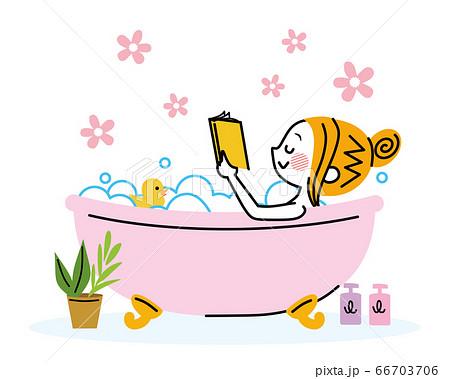 お風呂で読書する女性 66703706