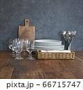 カフェやバルの食器 66715747