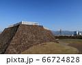 甲府市、舞鶴城公園、天守台と富士山 66724828