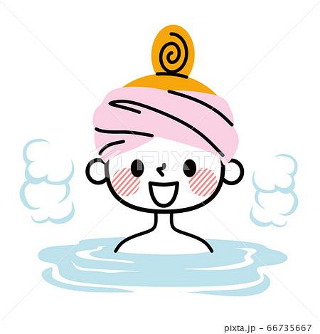 入浴する女性 66735667