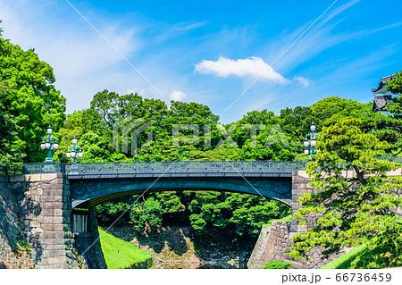 東京 皇居外苑の二重橋(正門鉄橋) 66736459