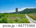 上山市 スカイタワー シンボル 高層ビル 田舎 66775966