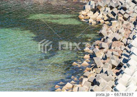 漁港のテトラポット 秋田県遊佐町 66788297