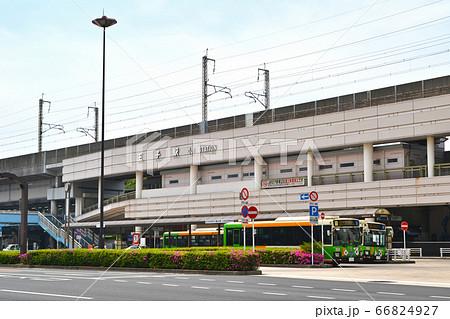 JR京浜東北線王子駅 駅舎と駅前 66824927