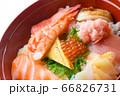 海鮮丼 66826731