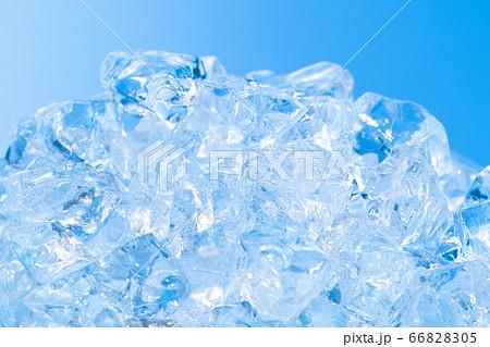 氷 イメージ ガラス氷 66828305