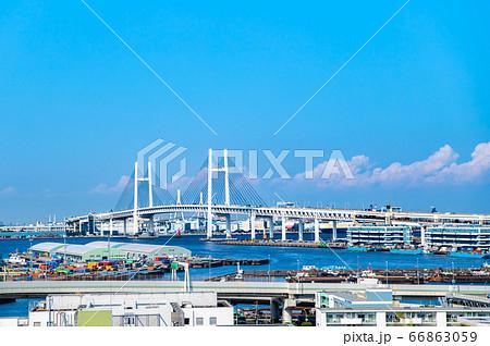 神奈川県横浜市 港の見える丘公園からベイブリッジの眺望 66863059