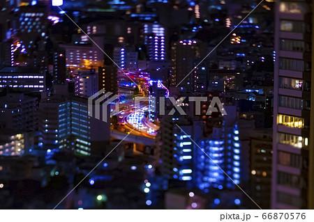 高所から撮影したミニチュア風の首都高速 66870576