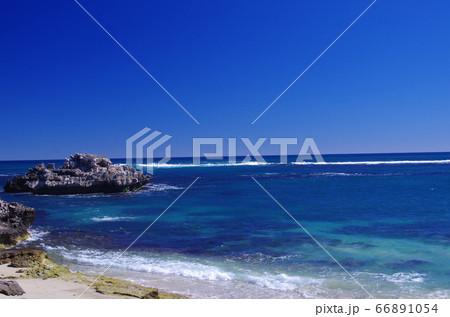 オーストラリア パース近郊の海岸線 66891054