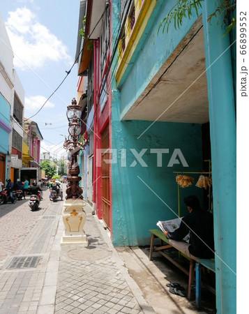 インドネシア・スラバヤの知らざる旧市街 歴史を感じる街角 66899552