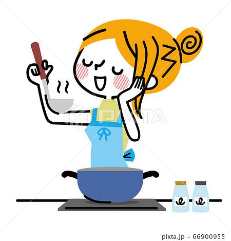 料理をする主婦 味見 66900955