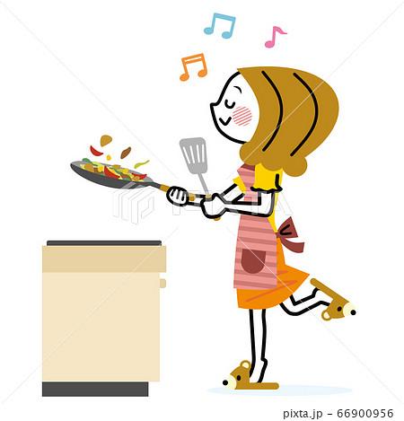 料理をする主婦 66900956