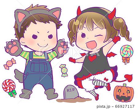 ハロウィンの仮装をする子供_狼男・小悪魔 66927117