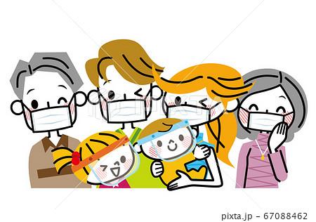 マスクとフェイスガードをつけた家族 67088462