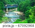 千曲川を渡る小海線 67092968