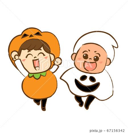 ハロウィンの仮装をしてジャンプする子供たち② 67156342