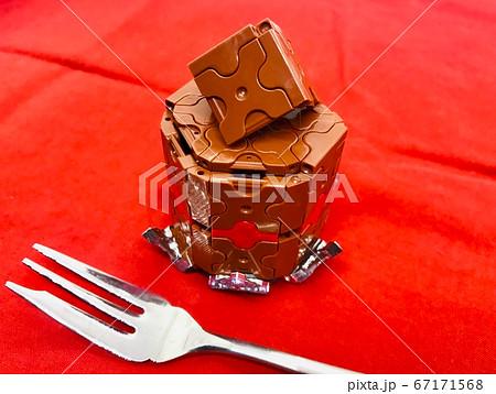 チョコレートケーキのブロックアート 67171568