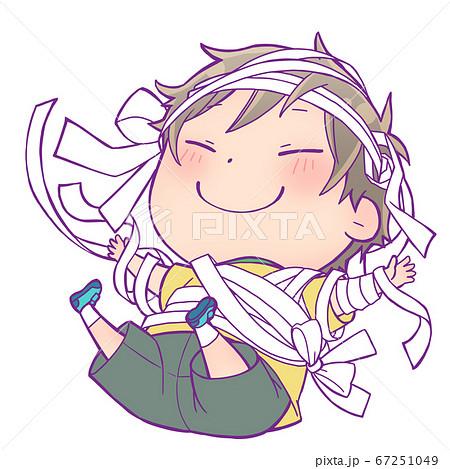楽しそうな笑顔のハロウィン仮装の男の子_ミイラ男 67251049