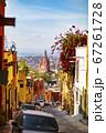 メキシコのカラフルで可愛らしい風景 67261728