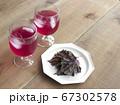 赤しそジュースと紫蘇 67302578