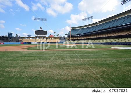 アメリカ ロサンゼルス ドジャーススタジアム 67337821