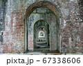 京都南禅寺の赤レンガの水路閣(京都府京都市) 67338606