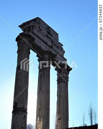 フォロロマーノ カストルとポルックスの神殿 67349835