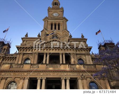オーストラリア、シドニーのタウンホール 67371484