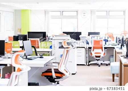 オフィスイメージ 67383451