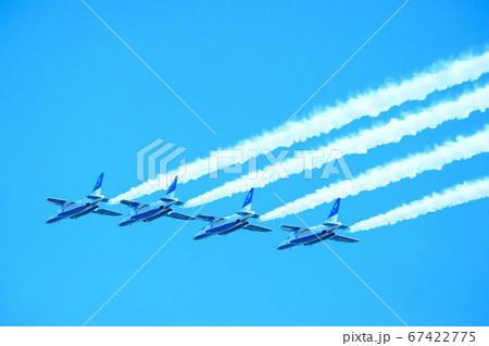 入間基地航空祭のブルーインパルス 67422775