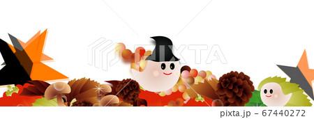 ハロウインの可愛いお化けと秋の葉やカボチャやキノコに星のイラストバナー素材 67440272