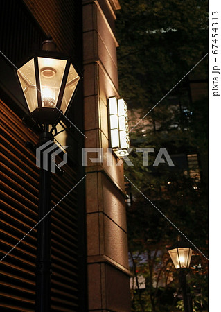 洋風の街灯 67454313