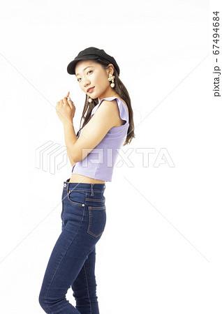 20代女性 67494684