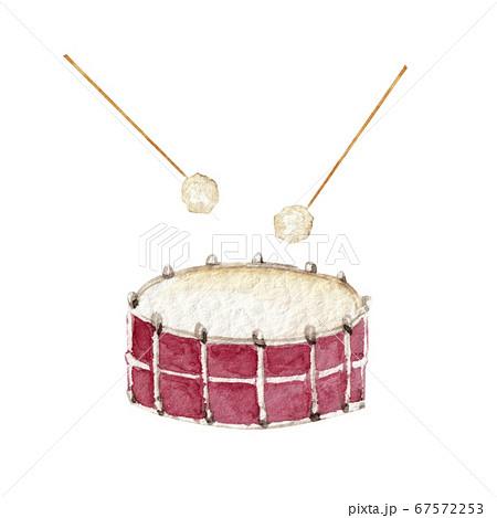 ドラム 太鼓 楽器 オーケストラ 水彩 イラスト 67572253