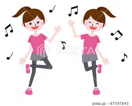 ダンスする女性 67597843