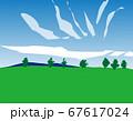 メルヘンの丘 単純化されたカラマツと青空と雲のある風景 67617024
