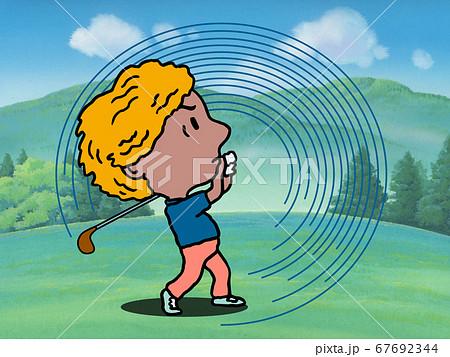ナイスショットのゴルファー 67692344
