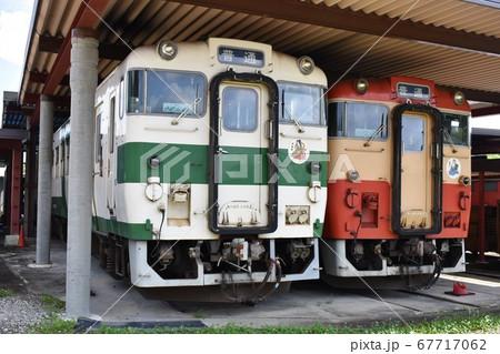 車両基地に停車する烏山線のキハ40系 67717062