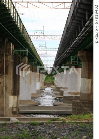 鉄橋 67819402