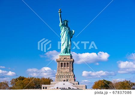 《ニューヨーク》自由の女神・アメリカ 67837086